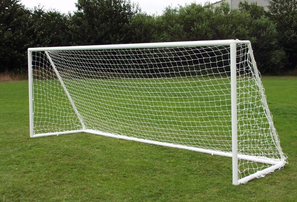 PLASTIC GOAL -TWO SECTION ALLOY CROSSBAR - 16 x 7